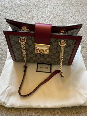 padlock Gucci signature small shoulder bag for Sale in San Francisco, CA
