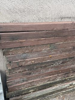 FREE wood FREE for Sale in Fort Lauderdale,  FL