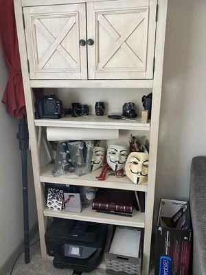 "White Wash 75"" Bookcase / Shelf for Sale in Las Vegas, NV"