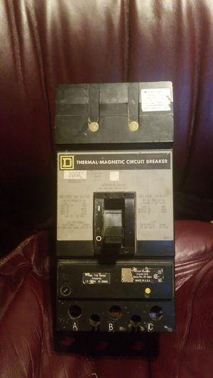 200A Thermal magnetic circuit breaker for Sale in Norco, CA