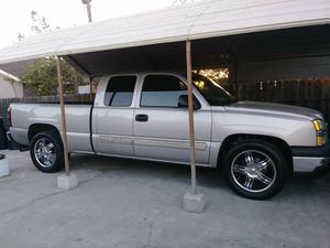 2004 Chevy Silverado for Sale in Fontana, CA