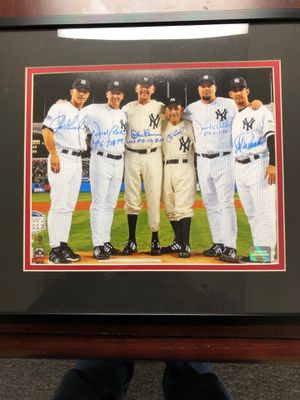 New York Yankees Perfect game signed photo with COA for Sale in Fern Park, FL