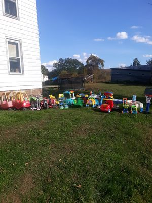 Lot of children's toys for Sale in Amsterdam, NY