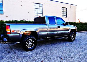 ֆ12OO 4WD Chevrolet Silverado Clean for Sale in Lompoc, CA
