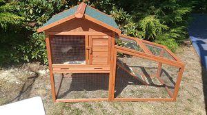 Chicken coop, bedding, food, 3 chicks for Sale in Bellevue, WA
