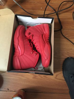 Red 12s & jordan jacket for Sale in Columbus, OH