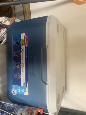 Coleman.70 quart cooler for Sale in Spring Hill, TN