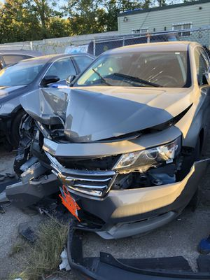 2019 Chevy impala ((( FOR PARTS ONLY ))) do not ask how much for whole car! for Sale in Chicago, IL