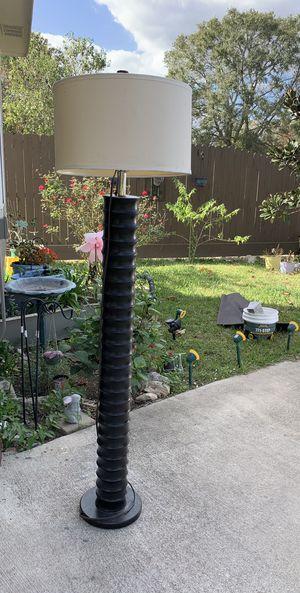 Floor lamp for Sale in Fresno, TX