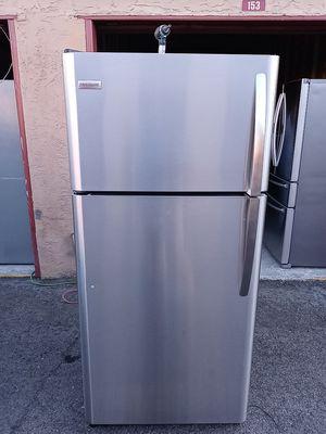 Frigidaire top frezeer like.new for Sale in San Leandro, CA