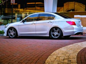 2OO9 Honda Accord GREAT FIRST for Sale in Richmond, VA