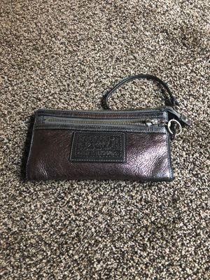 Nice coach wallet, please cash only for Sale in Salt Lake City, UT