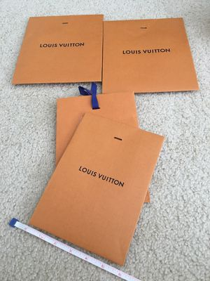 Guarantee Authentic Louis Vuitton Gift Wraps for Sale in Riverside, CA