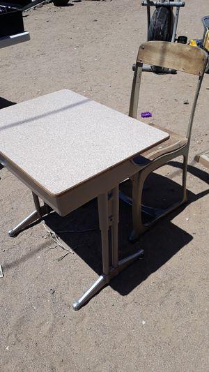 Kids desk for Sale in Phelan, CA