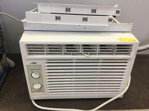 Arctic king 5000 BTU AC unit for Sale in Immokalee, FL