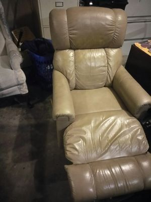 Recliner. free delivery at full price for Sale in Orlando, FL