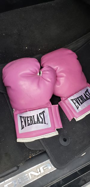 Boxing/training gloves for Sale in Miami, FL