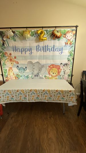 Decor happy birthday kit for Sale in Covington, WA