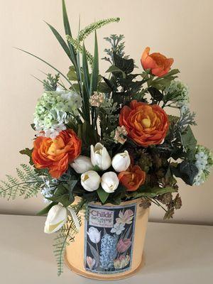 Shabby Chic flower arrangement for Sale in Durham, CT