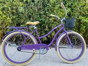 """💜 Grad Gift of The Perfect Fit! CUTE PURPLE Huffy 26"""" LIKE NEW Nel Lusso Woman's Cruiser Bike $299 💜 for Sale in Newport Beach, CA"""