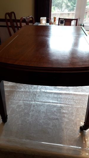 Elegant antique small table on caster wheels for Sale in Lilburn, GA
