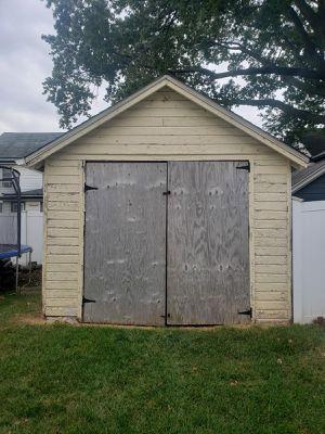 J&J garage door vendemos puertas de garaje for Sale in Elizabeth, NJ
