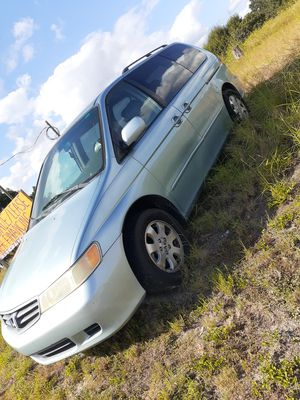 2004 Honda odyssey good condition 2,500 or best ofer for Sale in Lake Wales, FL