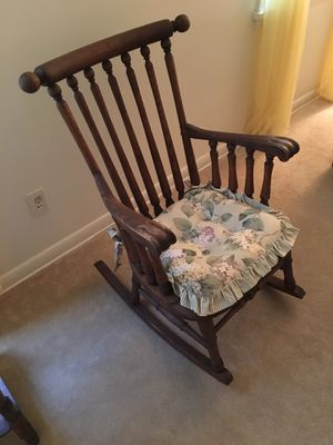 Rocking Chair for Sale in Cleveland Heights, OH