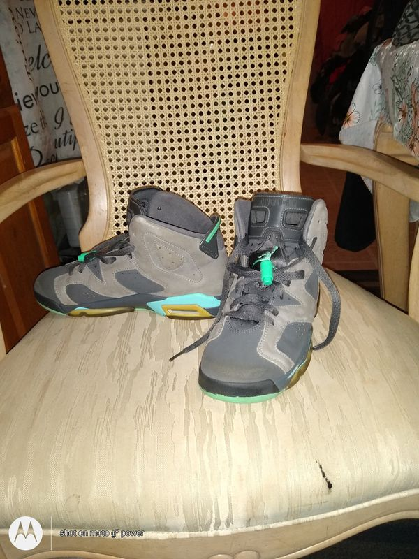 Nike 90s throw backs