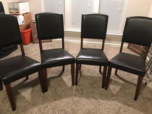 Wooden Dining Table w/4 Leather &Wooden Chairs for Sale in Irmo, SC