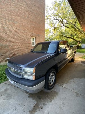 2003 Chevy Silverado extended cab for Sale in Lombard, IL