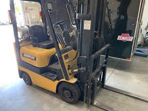 Cat forklift smaller unit I believe 3000 lb lift for Sale in Surprise, AZ