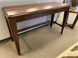 Beaumont sofa table for Sale in Baton Rouge, LA