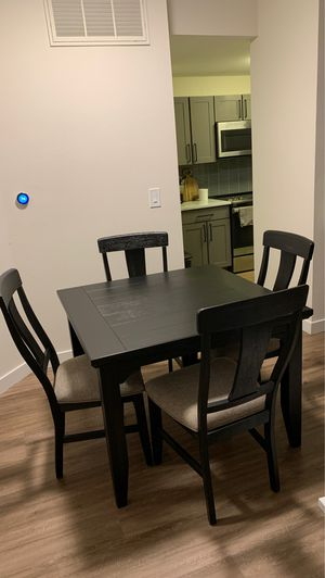 5 Piece Dining Set. for Sale in Austin, TX