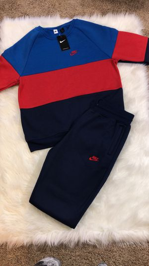 Unisex Nike Jogger Set for Sale in Rocky Mount, NC