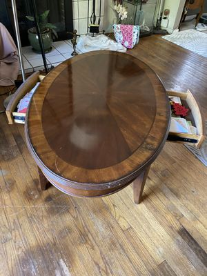 Coffee table with drawers for Sale in Anaheim, CA