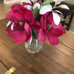 Artificial Flower Arrangement In Glass Vase for Sale in Anaheim, CA