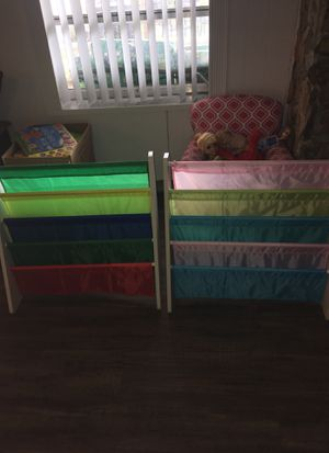 2 Kids Bookshelves for Sale in Pembroke Pines, FL