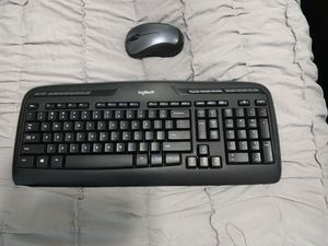Wireless keyboard and mouse. for Sale in Tampa, FL