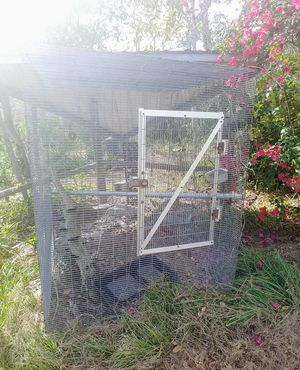 Bird cage located Lake placid Florida for Sale in Coats, NC