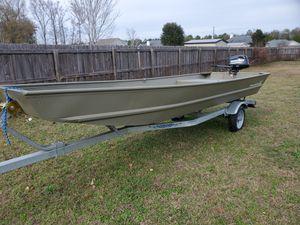 15 ft riveted john boat for Sale in Pembroke, GA