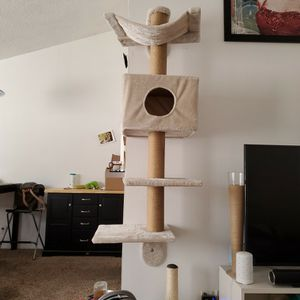 Cat Tree for Sale in Culver City, CA