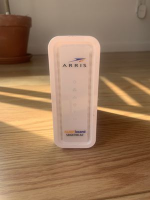ARRIS Surfboard (8x4) Docsis 3.0 Cable Modem Plus AC1600 Dual Band Wi-Fi Router for Sale in San Diego, CA
