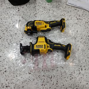 Dewalt Compact Reciprocating Saw And Codless Oscillating Mulfi Tool for Sale in San Jose, CA