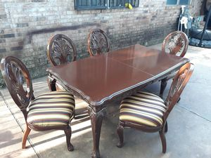 Dining set 5 chairs for Sale in Houston, TX
