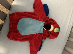 Baby parrot costume (up to 6 months) for Sale in Irving, TX