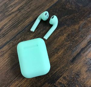Green earbuds, wireless for Sale in San Diego, CA