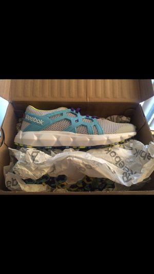 Juniors running shoes size 6 for Sale in Winter Haven, FL