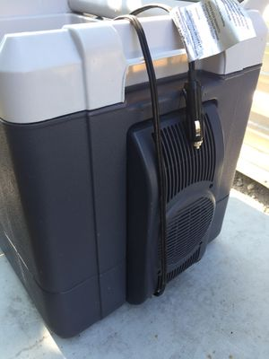 Electric cooler for Sale in Rosharon, TX
