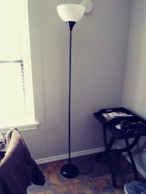 "Corner floor lamp 72"" H for Sale in Plano, TX"